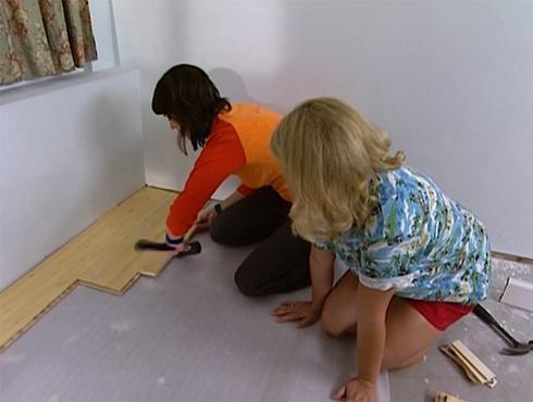 Видео инструкция по укладке ламината своими руками