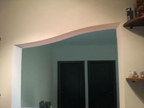 Сделать арку из гипсокартона своими руками очень легко.  Обычно такая конструкция возводится между отдельными частями...