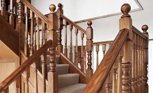 Лестницы на второй этаж из дерева для дачи своими руками фото 794