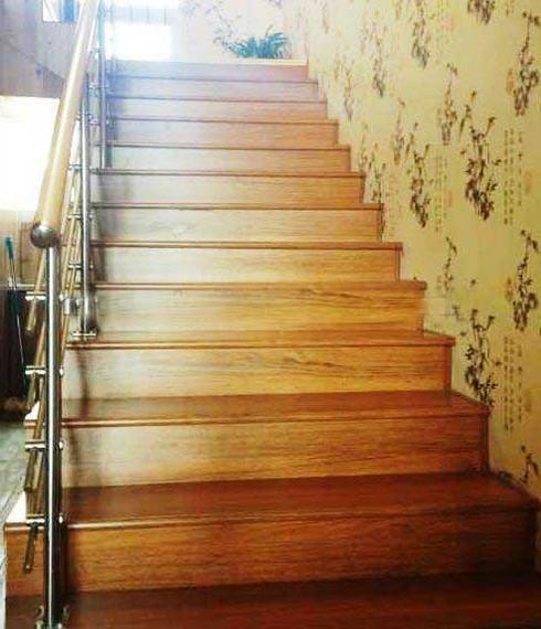 Лестницы на второй этаж из дерева для дачи своими руками фото 389