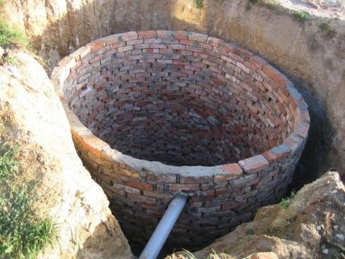 ugol-naklona-truby-kanalizacii-10