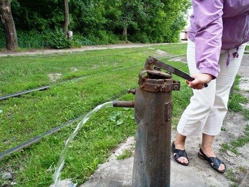 Как сделать колонку для воды на улице