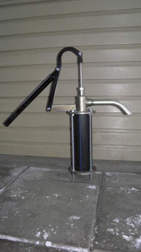 Как сделать водяной насос ручной 924