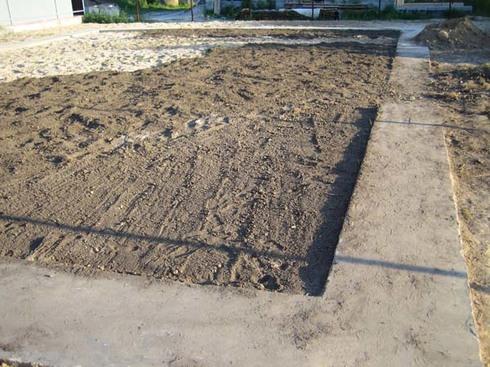 Как выровнять земельный участок. Выравнивание уклона