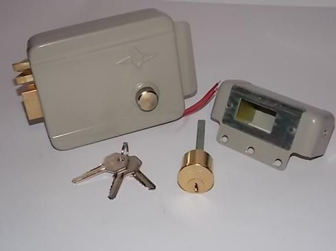 elektromehanicheskiy-zamok-03