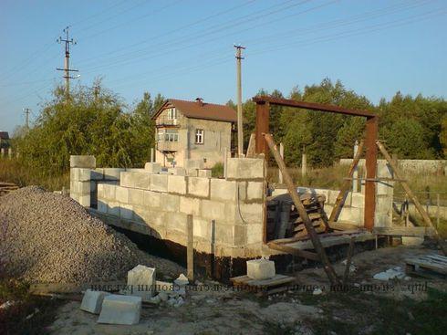 garazh-iz-penoblokov-09