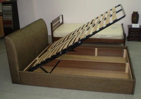 Двуспальная кровать из дерева своими руками