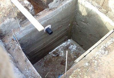 vykopat-yamu-pod-tualet_5